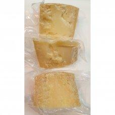 Avių pieno sūris PECORINO, brandintas (36 mėn.)